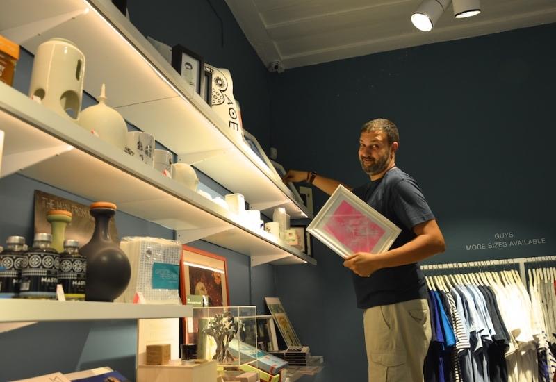 ''Forget Me Not''. Η Φωτεινή Κωστούλη συνομιλεί με τον Φίλιππο Χούρι, για το απίθανο concept store του.